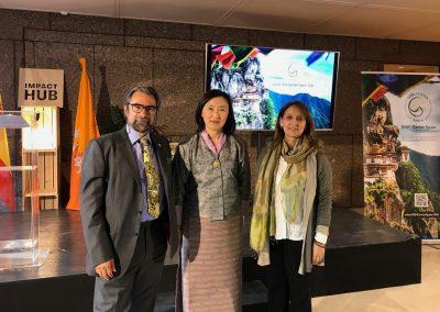 Embajadora Butan - Nicolas Calvo - Bibiana Vasquez 1